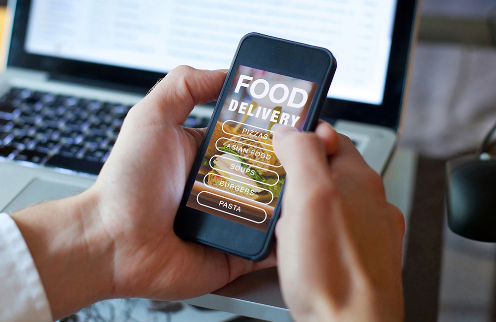 Pros and Cons of Restaurant Online Food Delivery Services | Fridge